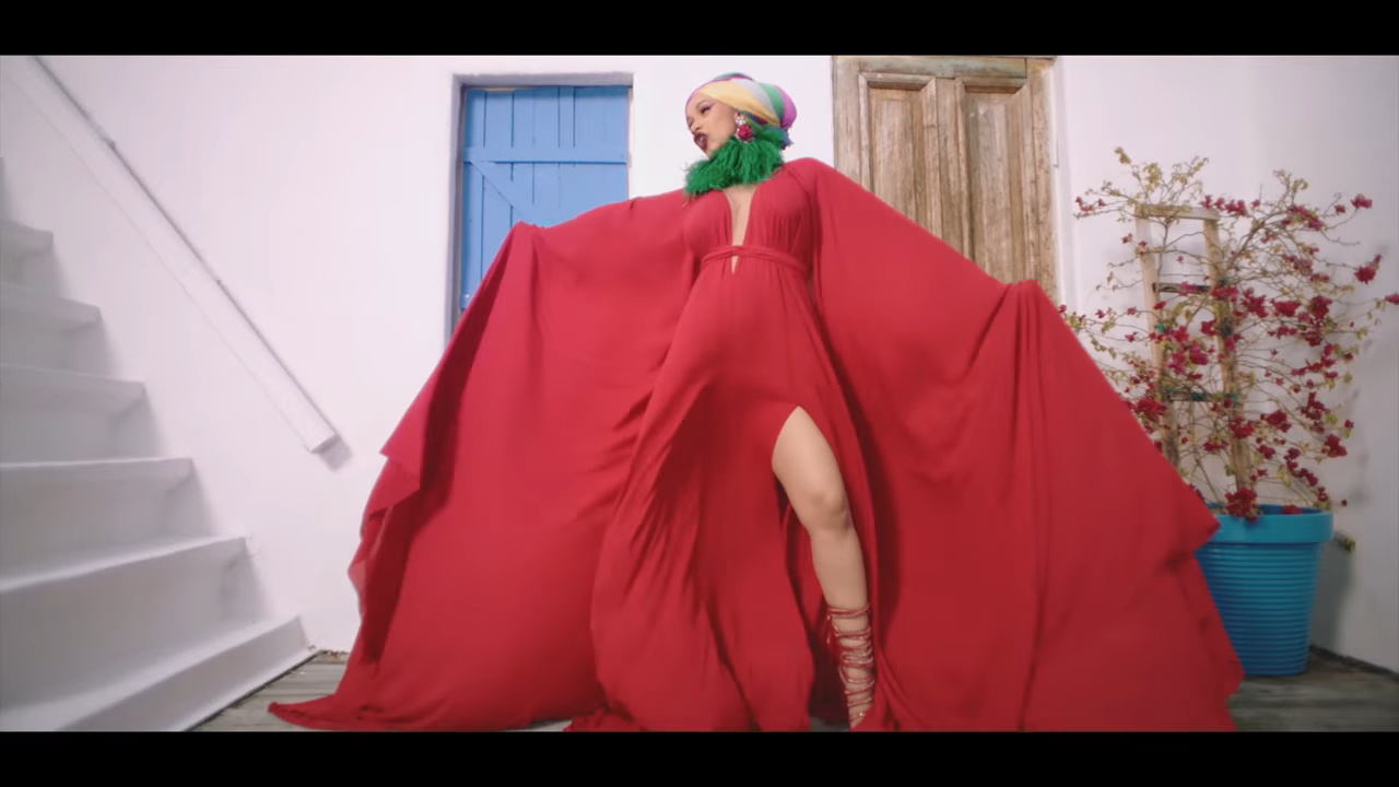 """I Like It"" Cardi B's New Video ft Bad Bunny & J Balvin"