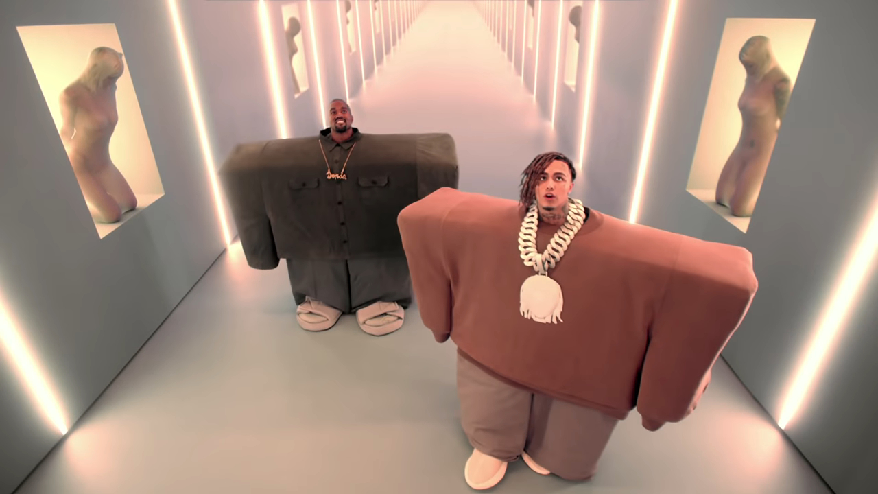 """Screenshotter KanyeWestLilPumpftAdeleGivensILoveItOfficialMusicVideo 0'13"""" 1"""