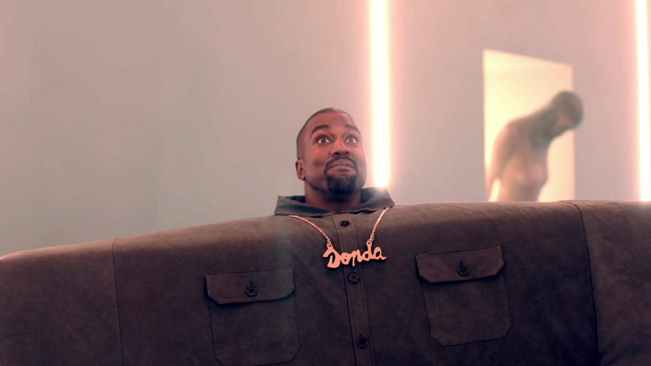 """Screenshotter KanyeWestLilPumpftAdeleGivensILoveItOfficialMusicVideo 1'02"""""""
