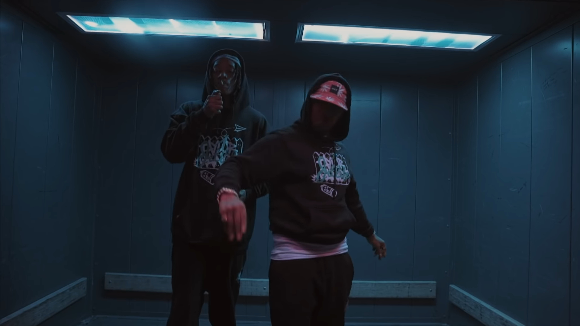 Wiz Khalifa und Curren $ y - Für immer Kugel Official Video
